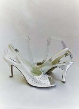 610 Snow White Satin Shoes
