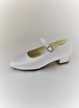 654 Children Snow White Satin Shoes