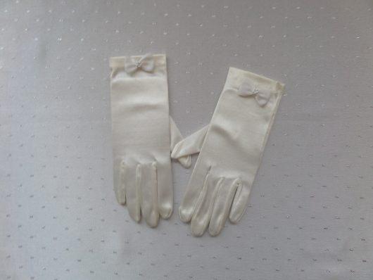 Children Satin Gloves with Bow