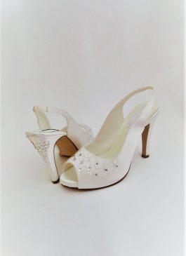 612 Snow White Satin Shoes