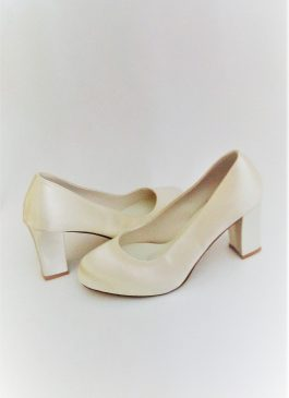 605 Winter White Satin Shoes